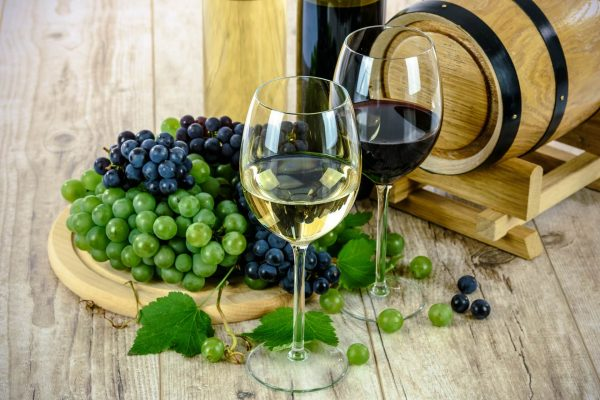 Wine arrives on the blockchain thanks to EY and Blockchain Wine partnership