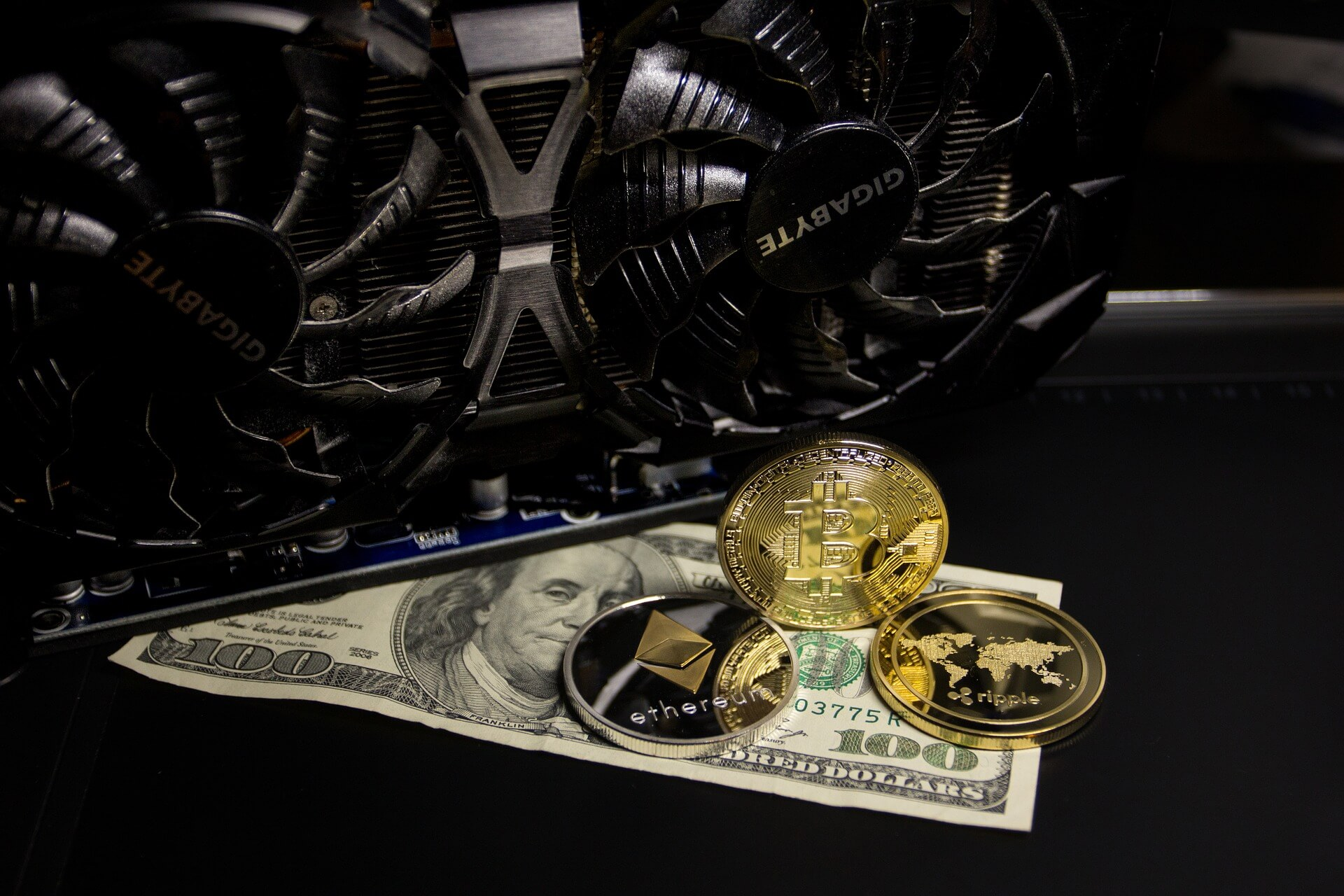 13 of the world's top banks invest $63million in crypto versions of global currency