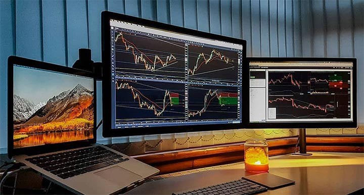Bitcoin (BTC) Price, historic Charts and detailed Metrics