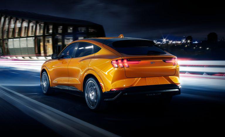 Mustang Mach-E GT Cyber Orange