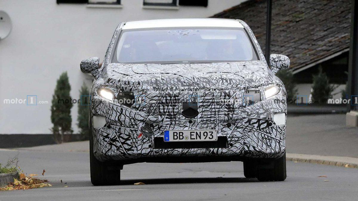 Mercedes-Benz EQS SUV
