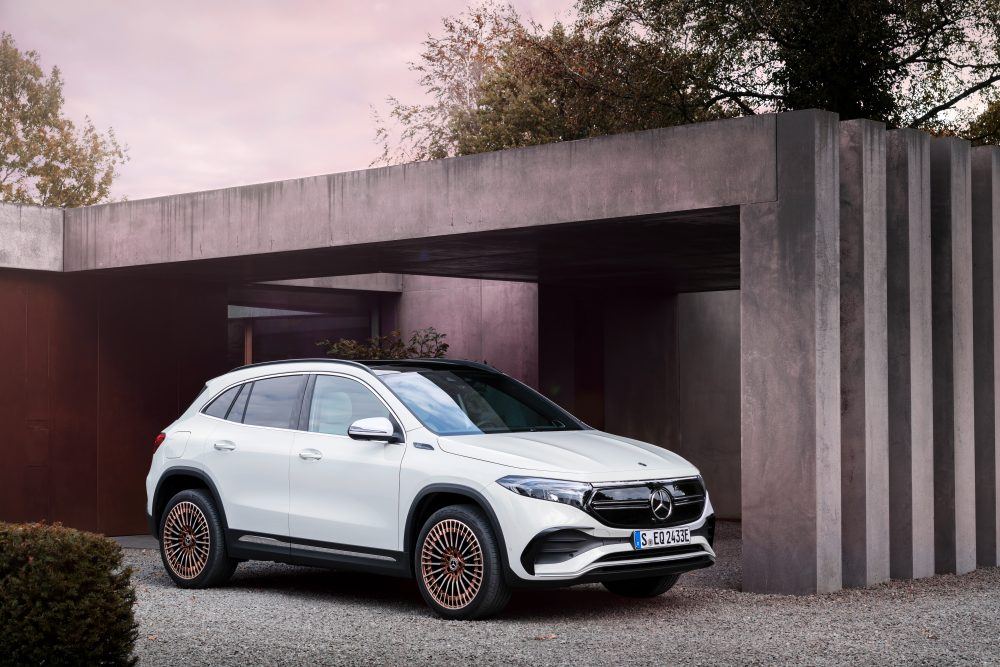Mercedes-Benz Launches EQA 250 Electric Crossover With Over 260 Miles of Range