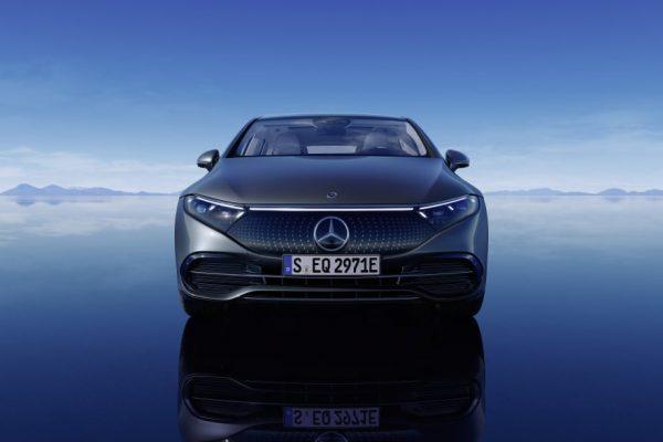 Mercedes Benz EQS